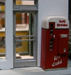 HO Scale Kit: 1950s Vending Machine (2 Units)