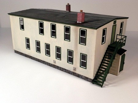 Boyle Street Apartments (HO Scale Shown)